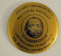 martin-luther-king-holiday-pin2